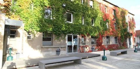 Photo façade extérieure de l'école d'ostéopathie Ostéobio Paris
