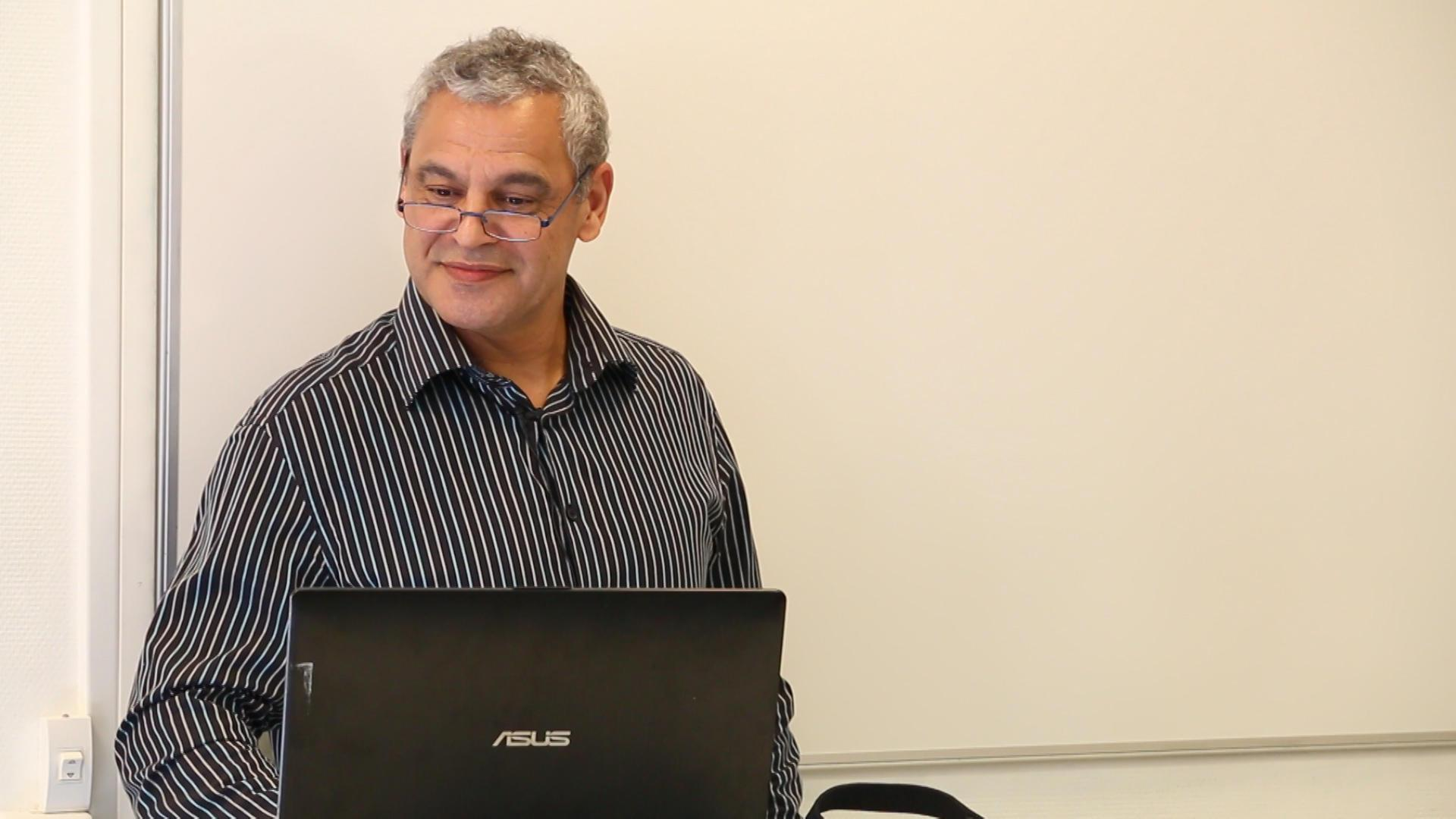 Eric Robinson,  Ostéopathe du Sport, Formateur à l'Ecole Supérieure de Santé de l'Université Lusofona lors du Congrès Ostéobio 2019